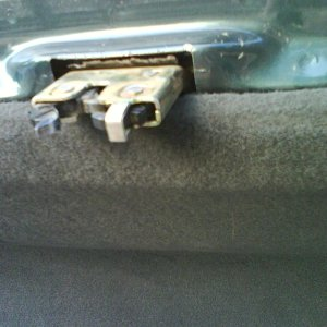 Trunk Latch without Thingy